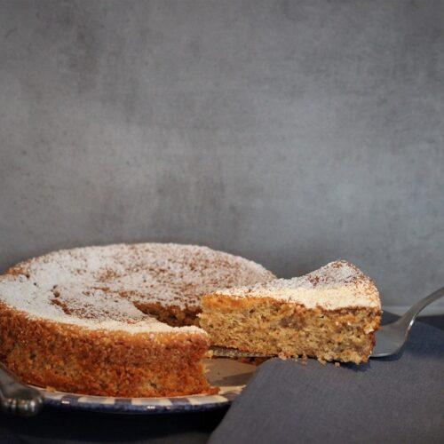 Kuchen mit Mandeln und Zitronen