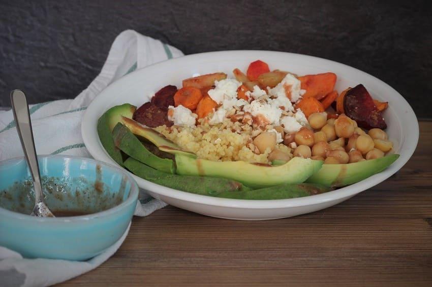 Bowl mit Gemüse als Meal Prep